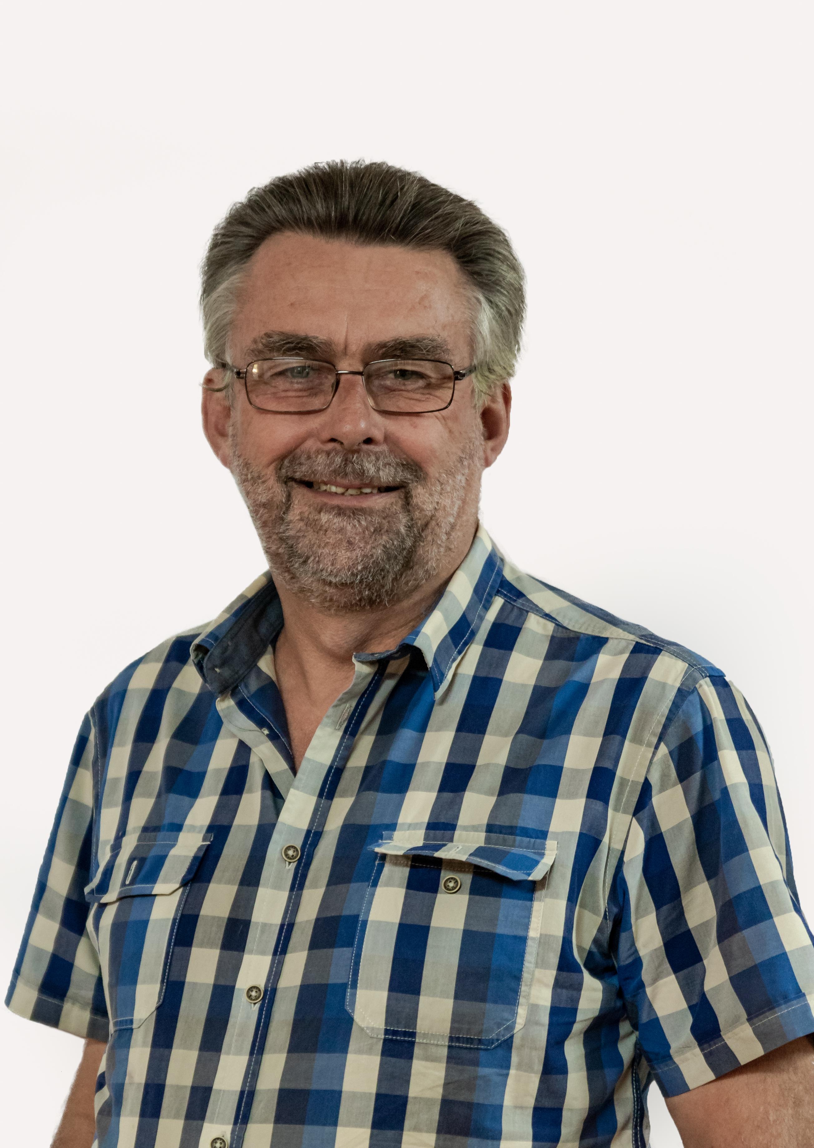Mr. Henk van de Graaf : CHAIRPERSON